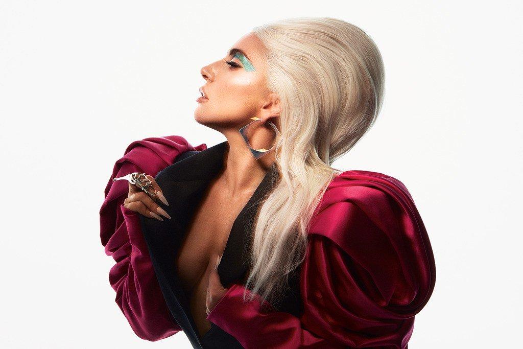 Lady Gaga Allure 3