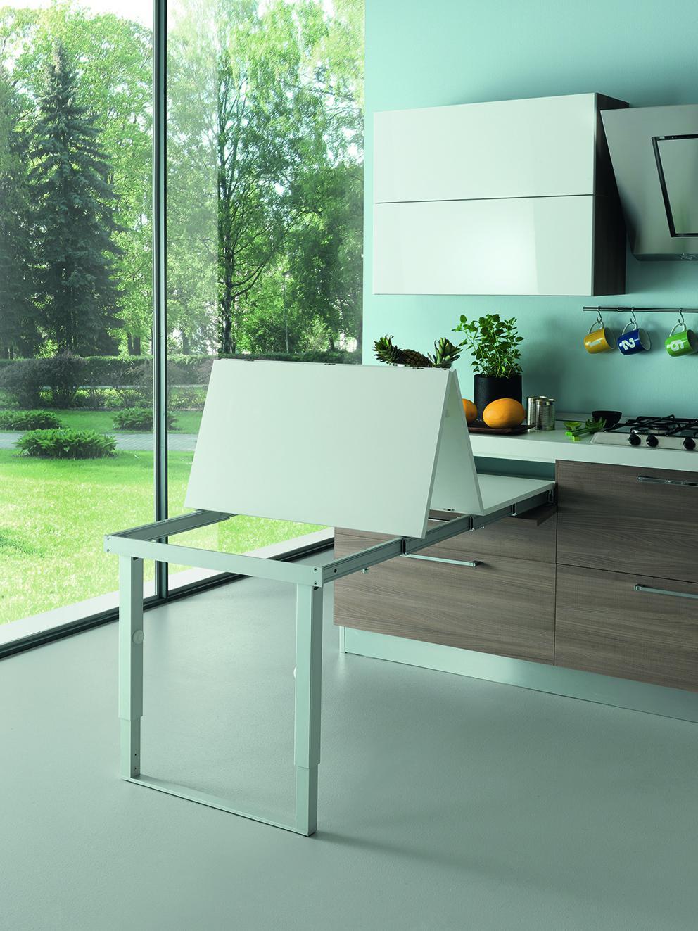 Mesa extraible con tablero plegable